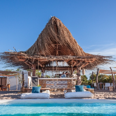Azura toasts the new decade with its newest opening - Peri-Peri Beach Club - on the beautiful island of Benguerra in Mozambique