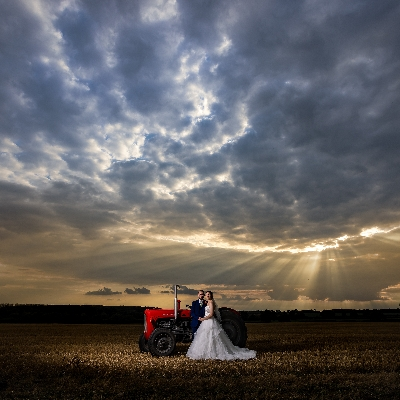 Find your wedding photographer at the Brentwood Centre's Signature Wedding Show